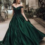 2019 is here and the New Year has brought new style of Evening dress along its way